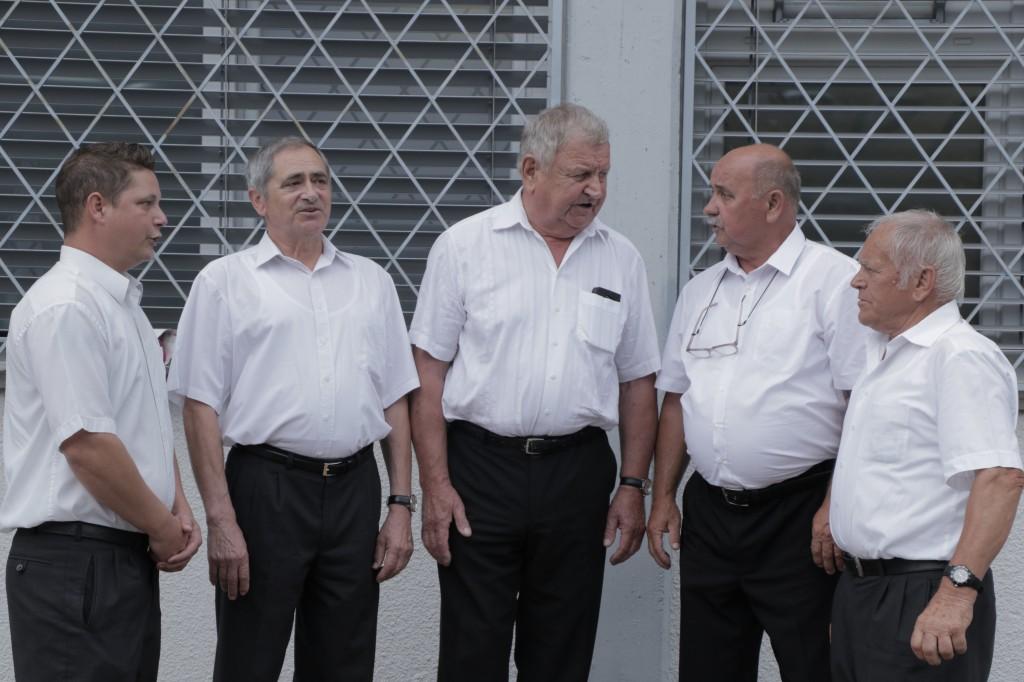 vokalna skupina Šentrog iz Rogaške Slatine s pesmijo